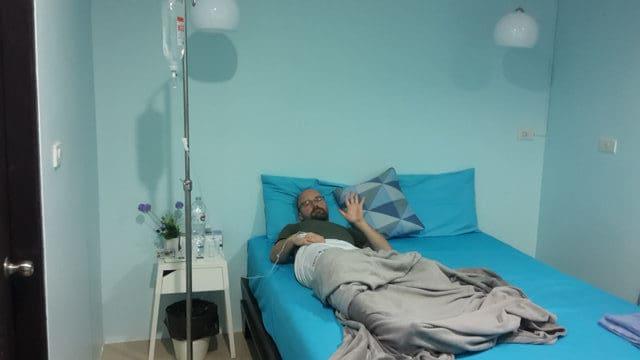 Tropf wegen Denguefieber in Thailand
