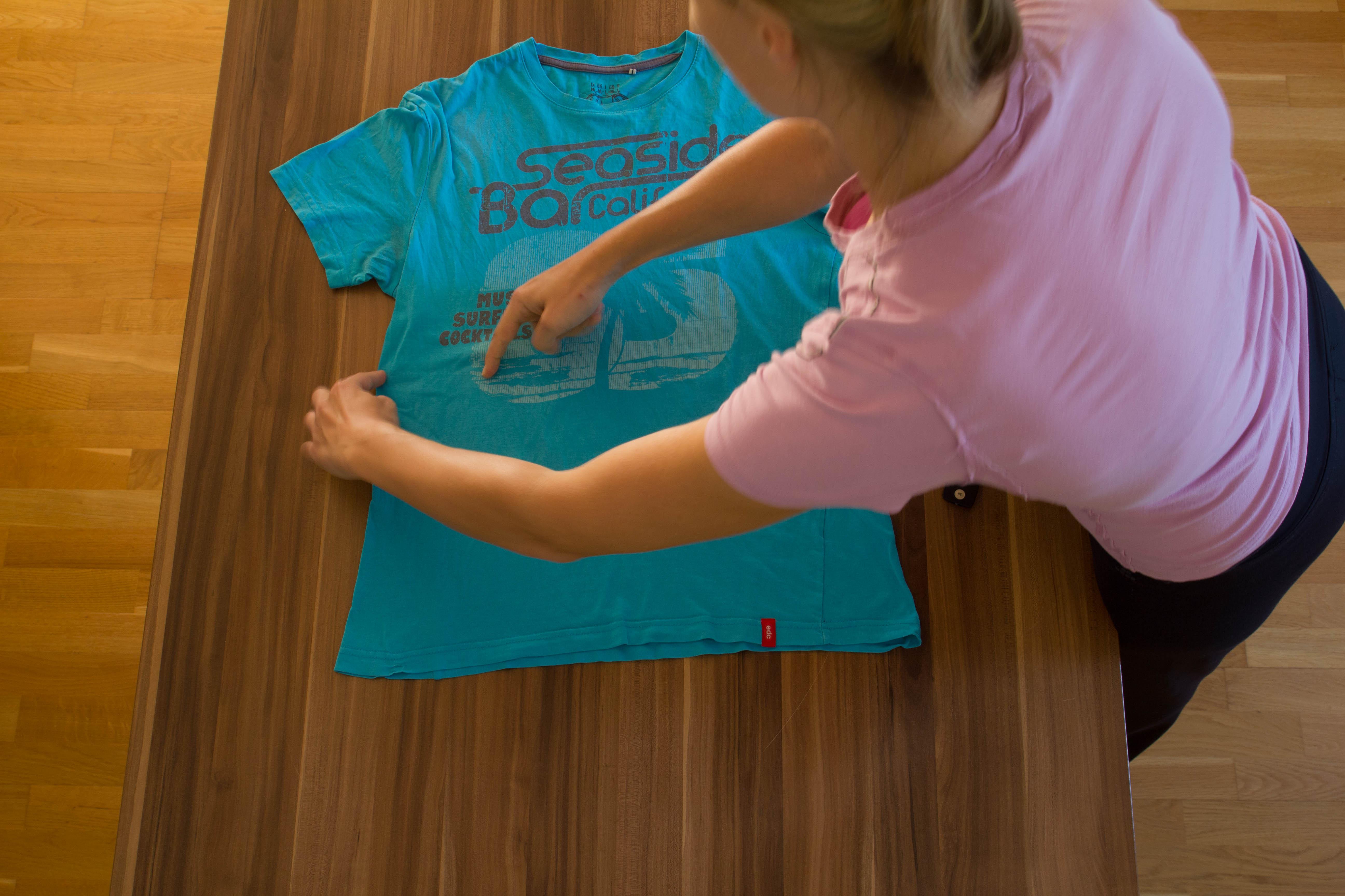 t shirts schnell zusammenlegen