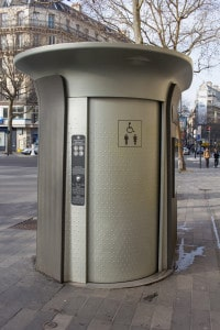 Öffentliches WC